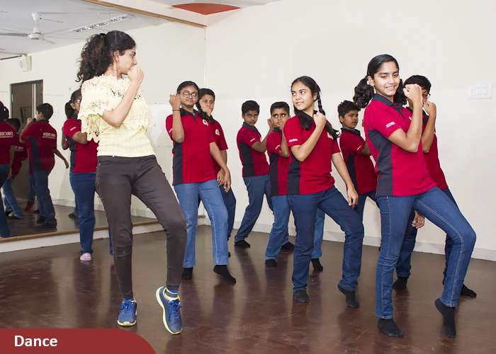Dance curriculum at Orchids