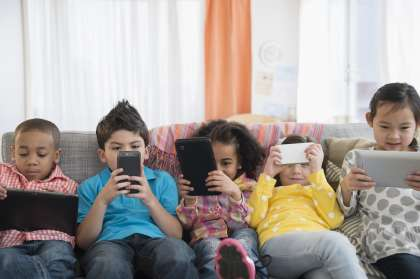 How to Keep Your Children Safe from Social Media