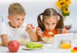 Using Technology During Mealtime Is Harmful To Children
