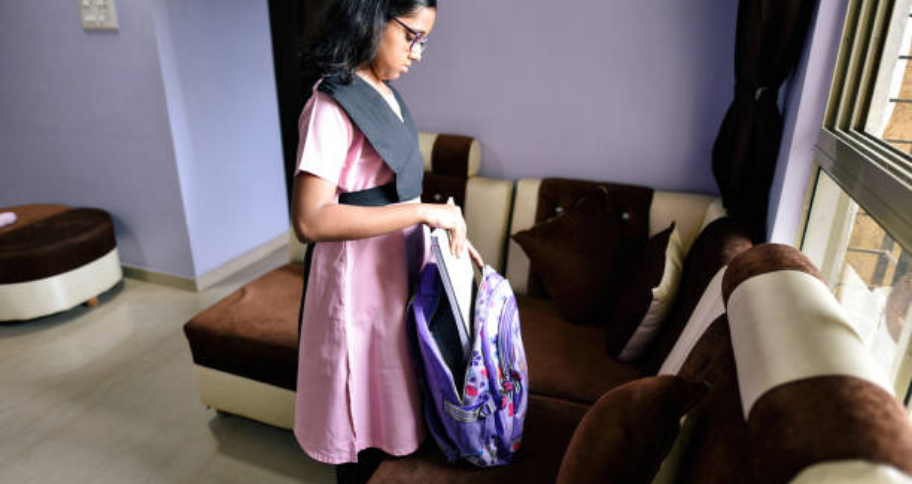 a child leaving bag due to No Bags Day