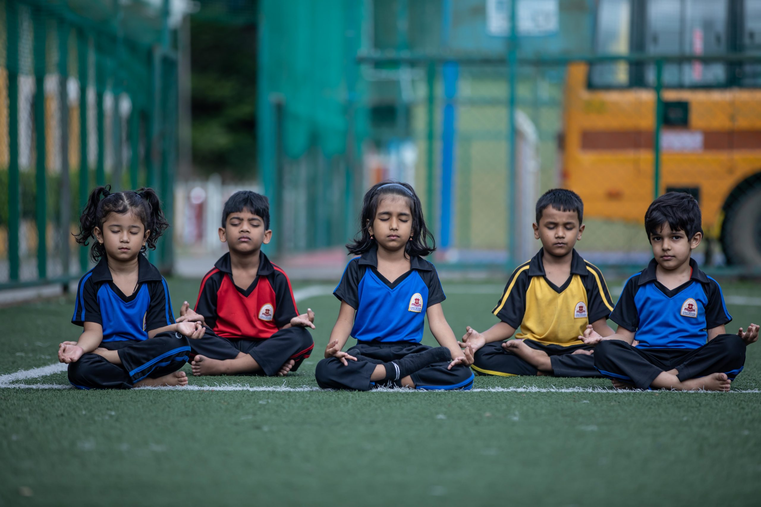 Benefits of yoga - daily yoga children become empathetic - Orchids