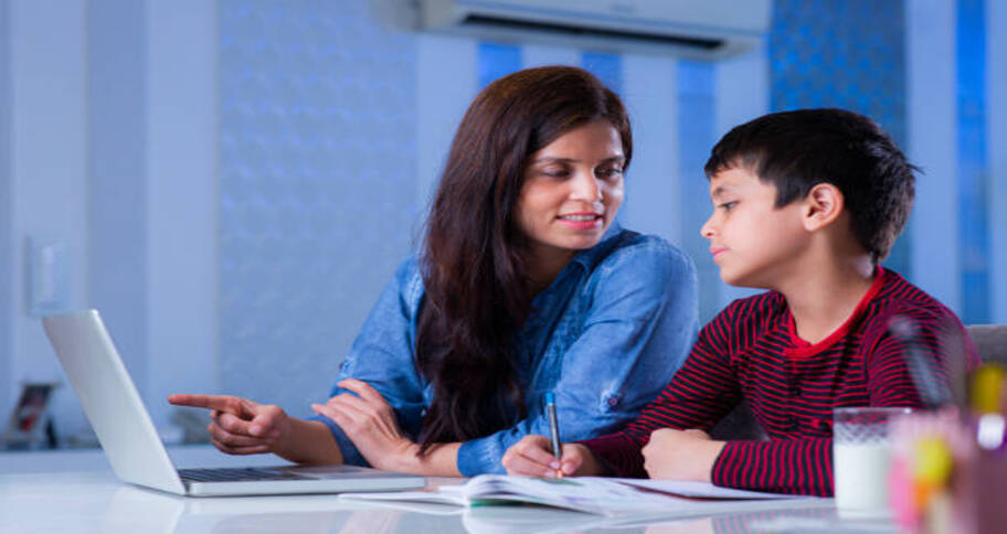 Tips to help children do their online homework without any procrastination
