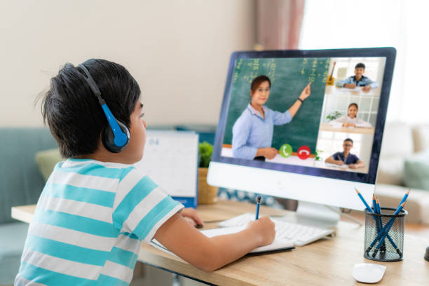 child engaged in online learning