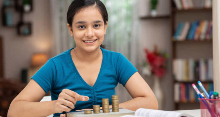 a student opts for commerce Streams After 10th CBSE