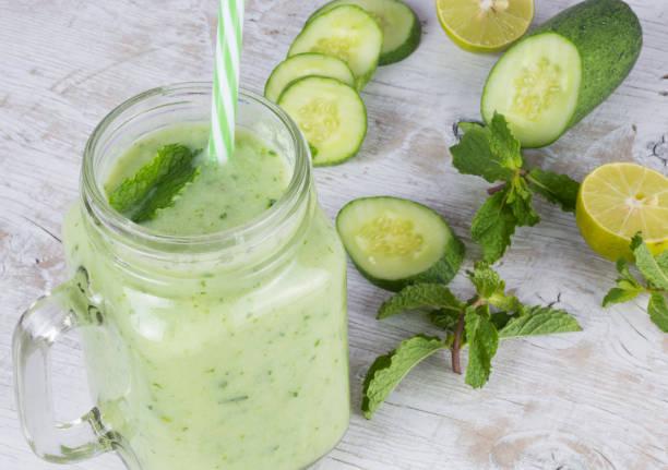 Cucumber Smoothie In A Jar